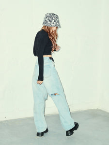CUT OUT DENIM