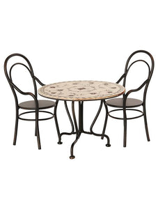 Maileg Dining Table With 2 Chairs (Height 8cm)