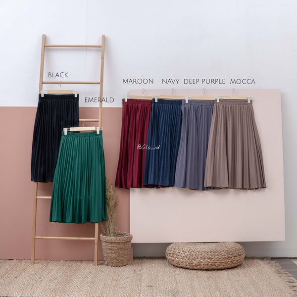 7/8 Basic Plisket Skirt