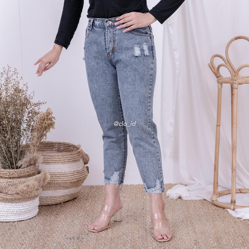 PnB Ripped Jeans