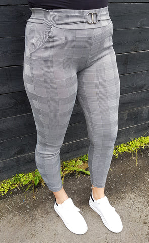 Buxna leggings gráar check