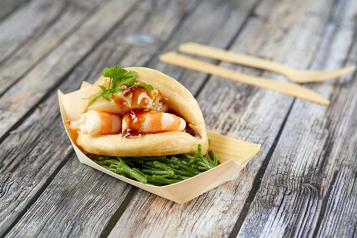 Prawn and scallop bao bun