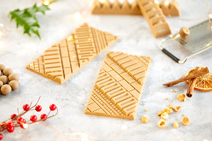 A white chocolate Christmas bar using Belcolade white chocolate