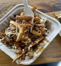 Load image into Gallery viewer, poutine