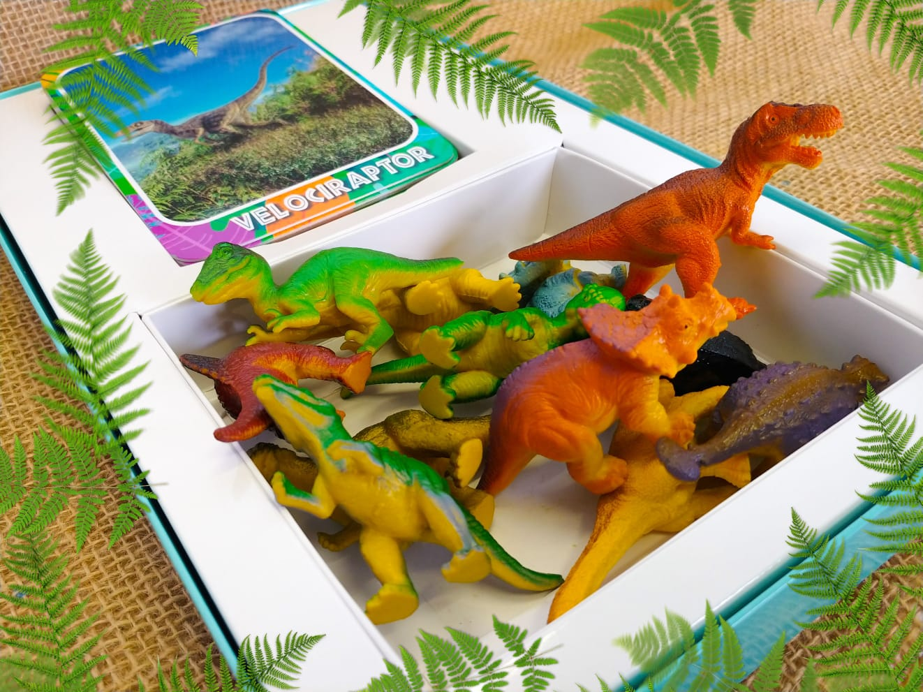 Dinosaur adventure set