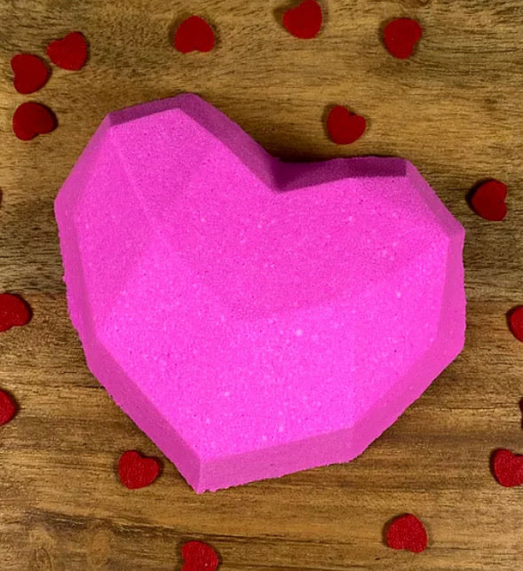 Large Exploding Heart Bath Bomb