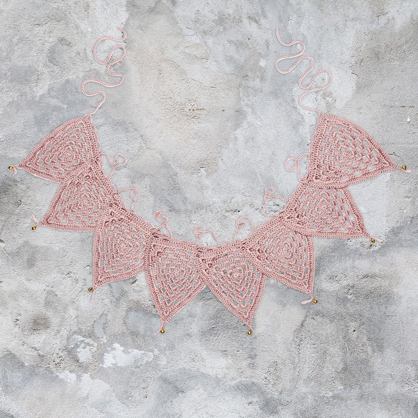 Numero 74 - Bunting Garland Crochet - Dusty Pink - S007