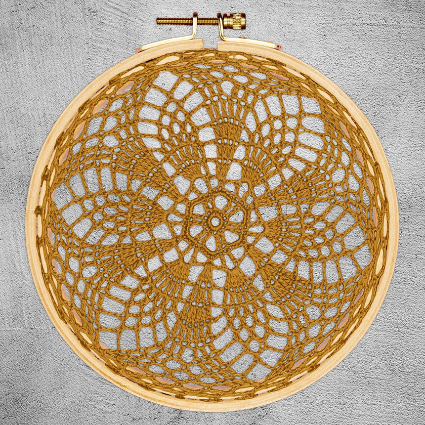 Numero 74 - Hoop Crochet Earth - Gold - S024