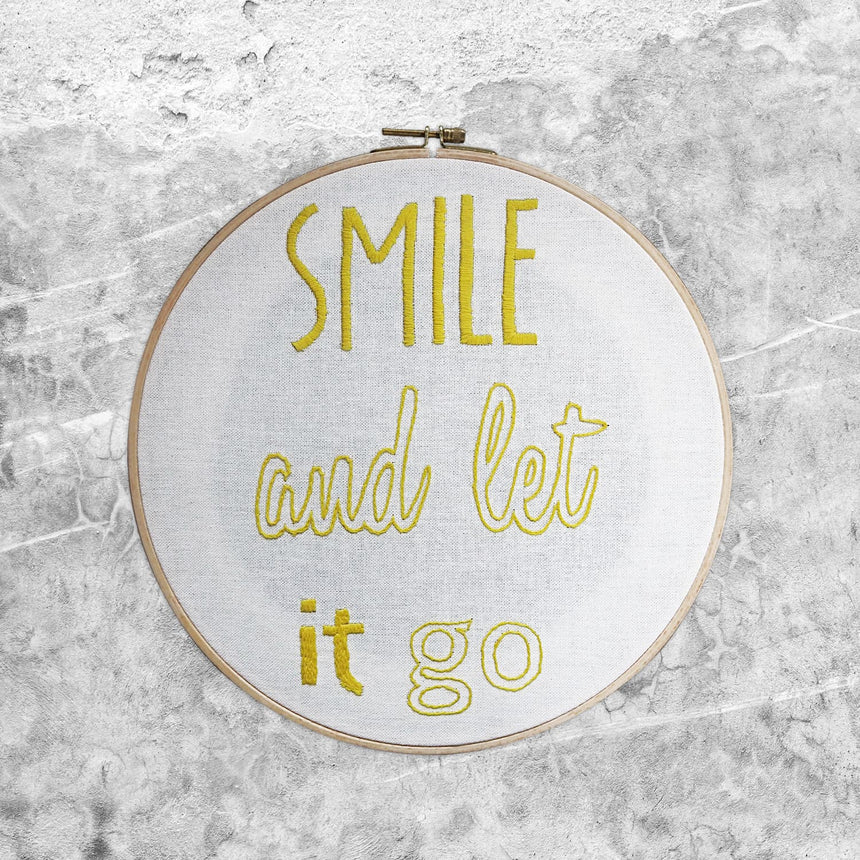 Numero 74 - Hoop Quote Smile - Natural-Sunflower Yellow - D109