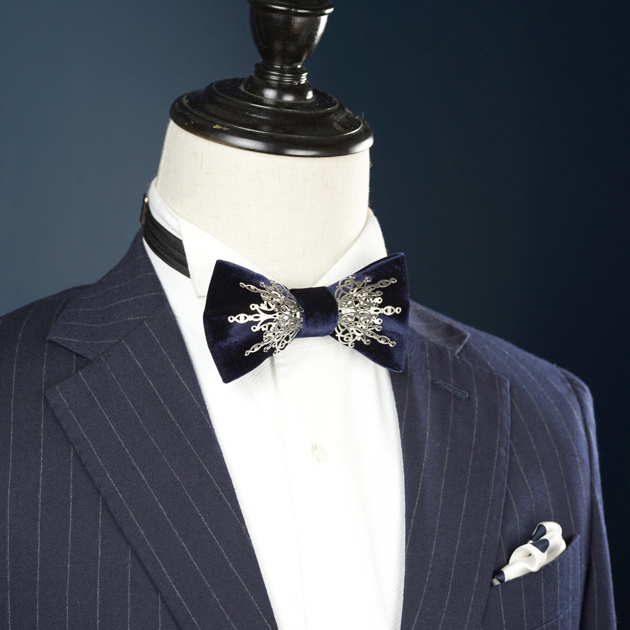 PRE-TIED BOWTIE COLLECTION