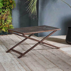 Odee outdoor table