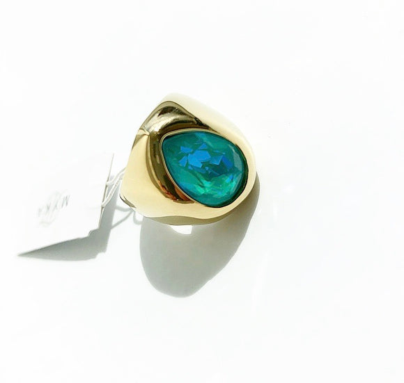 MYKA GOLD TEARDROP RING