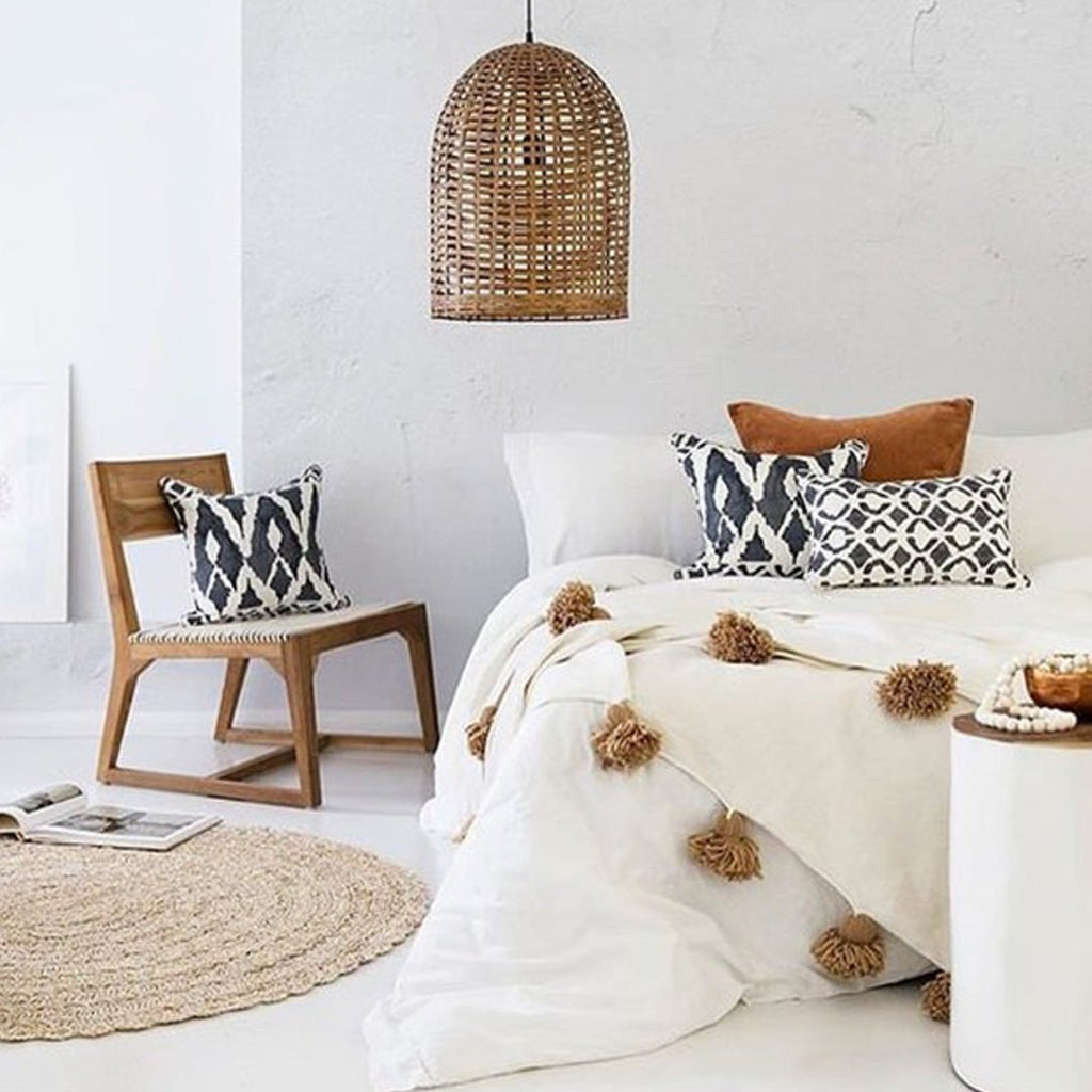 Moroccan Pompom Blanket/Bed Throw, White and Beige - Moroccan Interior