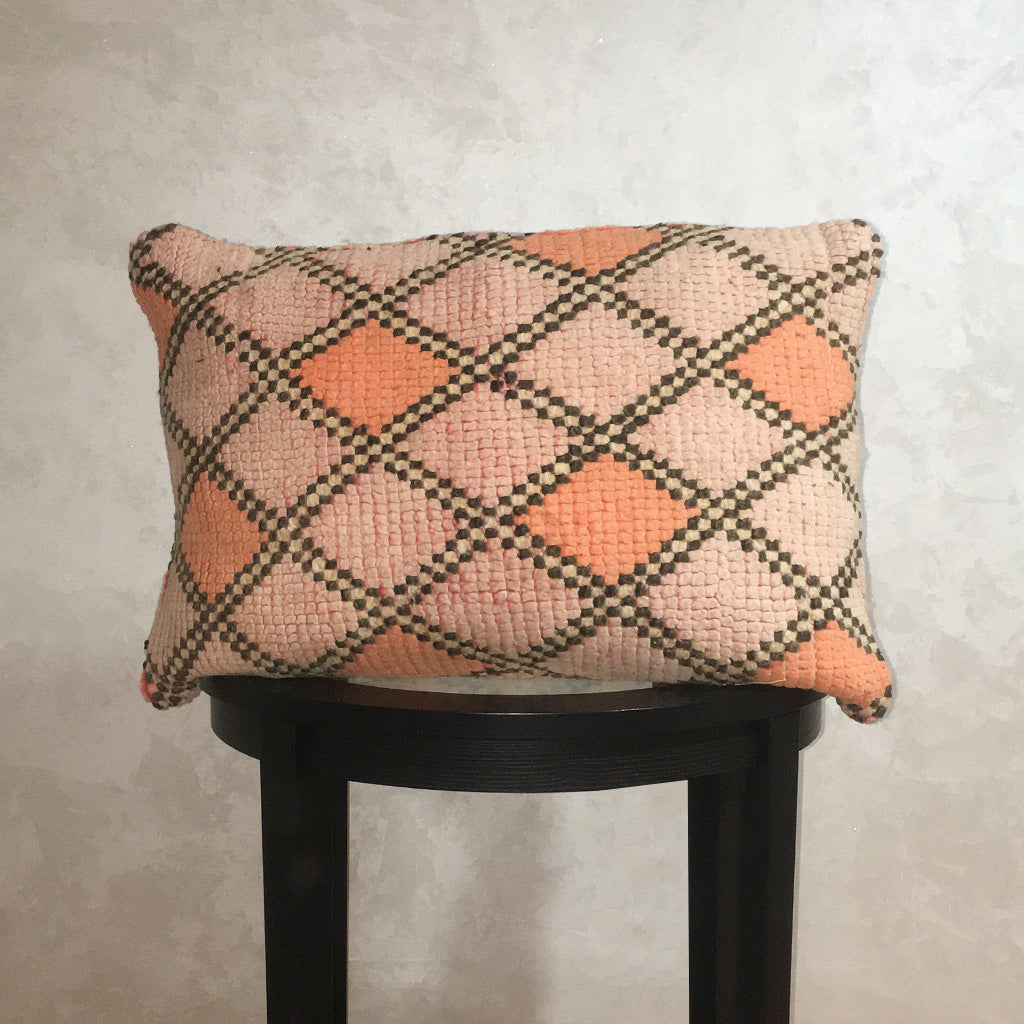"Vintage Moroccan Wool Pillow, Berber Wool Cushion Cover Diamond Pattern Pale Orange 15""x22"" - Moroccan Interior"