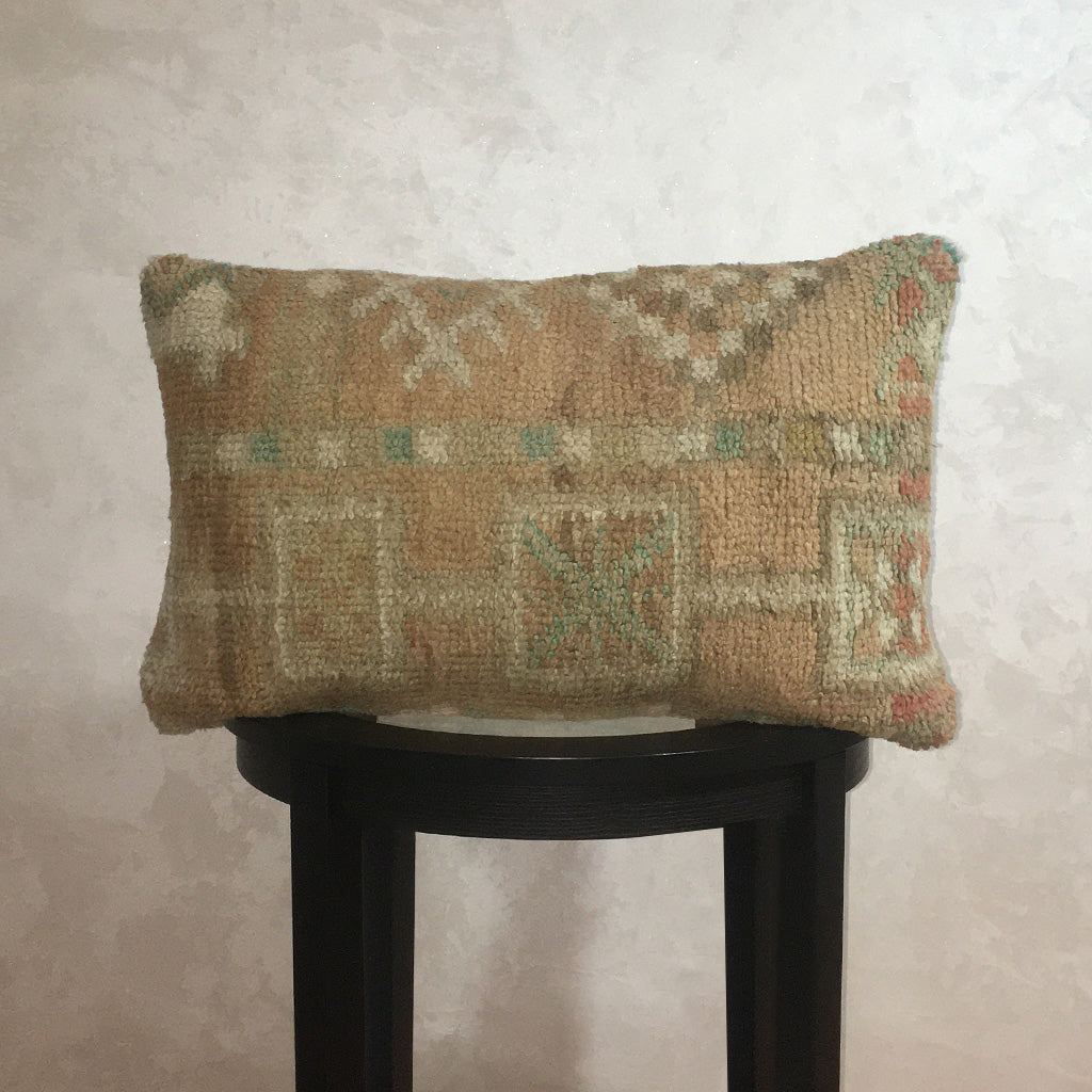 "Vintage Moroccan Wool Pillow, Berber Wool Cushion Cover Olive Light 16""x23"" - Moroccan Interior"