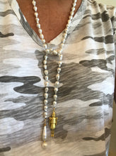 Load image into Gallery viewer, Hand-Knotted Baroque Pearl Lariat with Designer Bauble