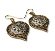 Load image into Gallery viewer, Mandala ~ earrings