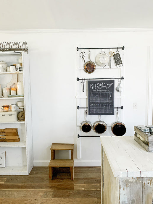 Kitchen Organization DIY: Hanging Pot Rack Wall