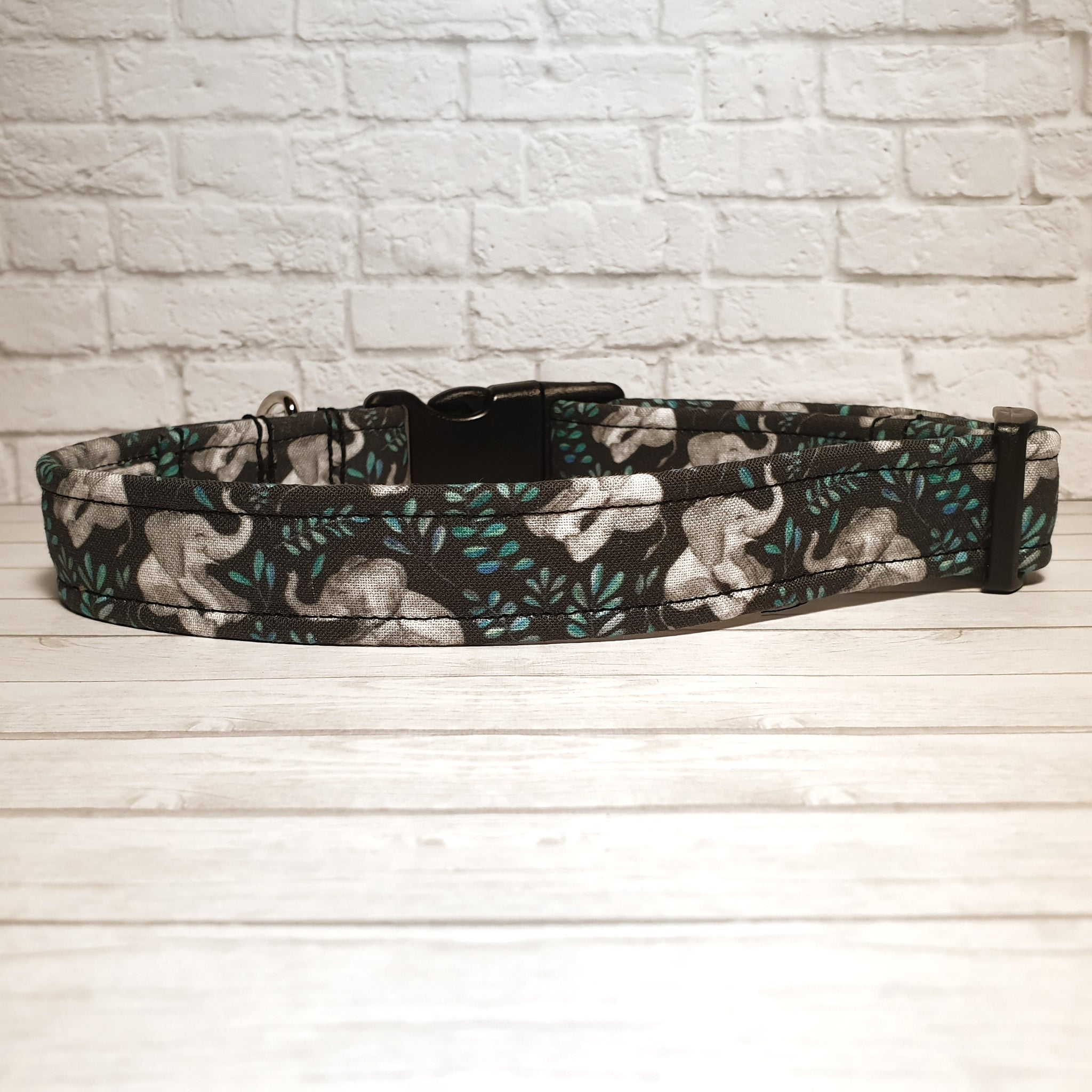 Laughing Elephants Dog Collar
