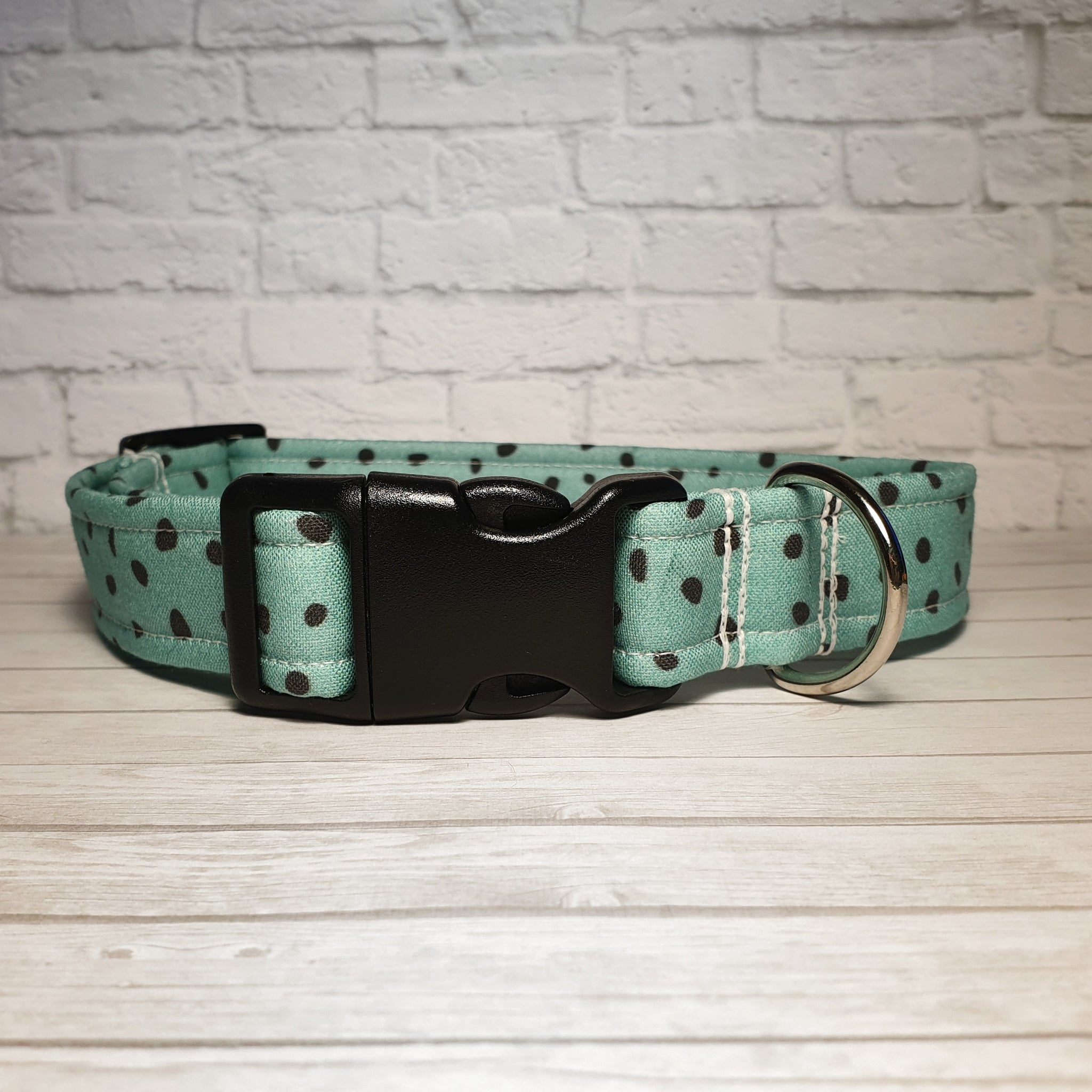 Sea Green Spot Dog Collar