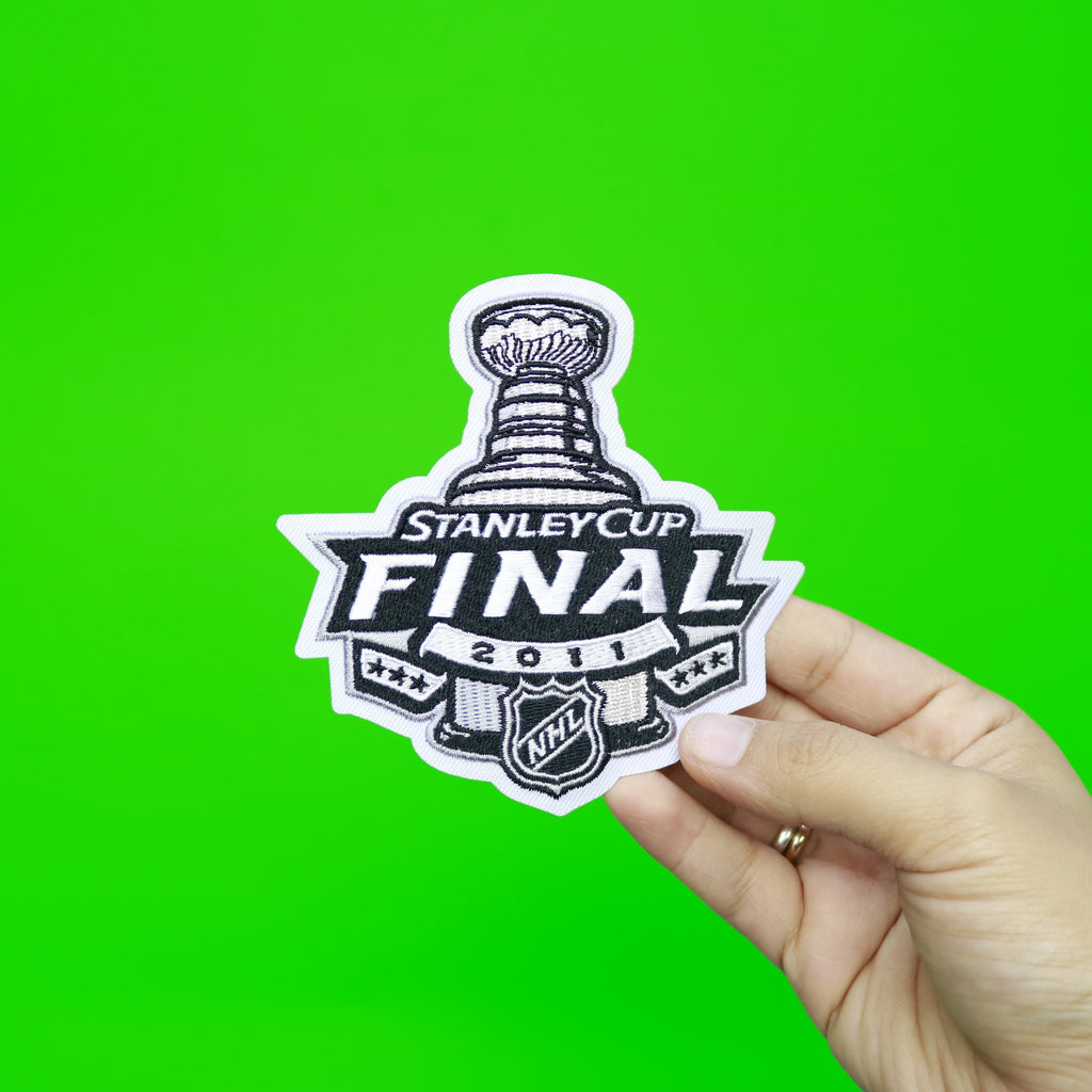 2011 NHL Stanley Cup Final Logo Jersey Patch Boston Bruins vs. Vancouver Canucks