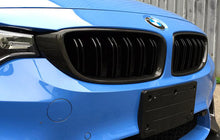 Load image into Gallery viewer, BMW F80 M3 F82 F83 M4 Carbon Fiber Front Grilles