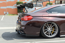 Load image into Gallery viewer, BMW F80 F82 F83 M3 M4 V3 Carbon Fiber Rear Diffuser