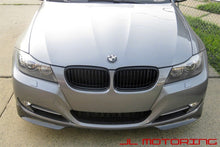 Load image into Gallery viewer, BMW E90 LCI 3 Series Carbon Fiber Front Splitters