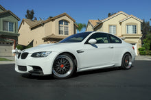 Load image into Gallery viewer, BMW E9X M3 Carbon Fiber Front Splitters