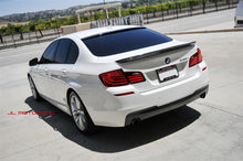 Load image into Gallery viewer, BMW F10 5 Series 3D Style Carbon Fiber Roof Spoiler