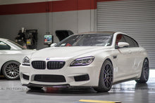 Load image into Gallery viewer, BMW F06 GranCoupe 640 650 M6 Carbon Fiber Side Skirts