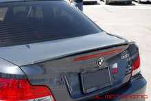 Load image into Gallery viewer, BMW E82 1 Series Performance Style Carbon Fiber Trunk Spoiler