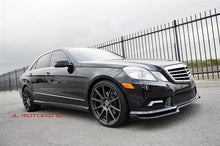 Load image into Gallery viewer, Mercedes Benz W212 E350 E550 Carbon Fiber Front Lip