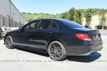 Load image into Gallery viewer, Mercedes Benz W213 E43 E53 E63S AMG Carbon Fiber Side Skirts