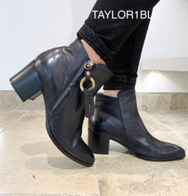 Load image into Gallery viewer, Regarde Le Ciel Taylor1BL- Ankle boot