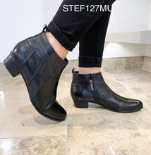 Load image into Gallery viewer, Regarde Le Ciel Stef127MU- Ankle boot
