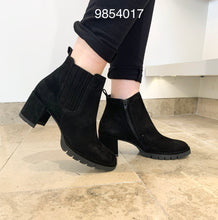 Load image into Gallery viewer, Paul Green 9854017- Chelsea boot