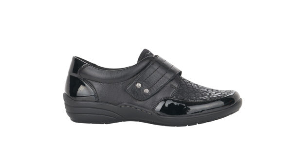 wide fit casual shoes