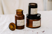 Load image into Gallery viewer, Etikette candle // Barossa // Lily, Rose + Ruby Plum - Apothecary Jar 250ml
