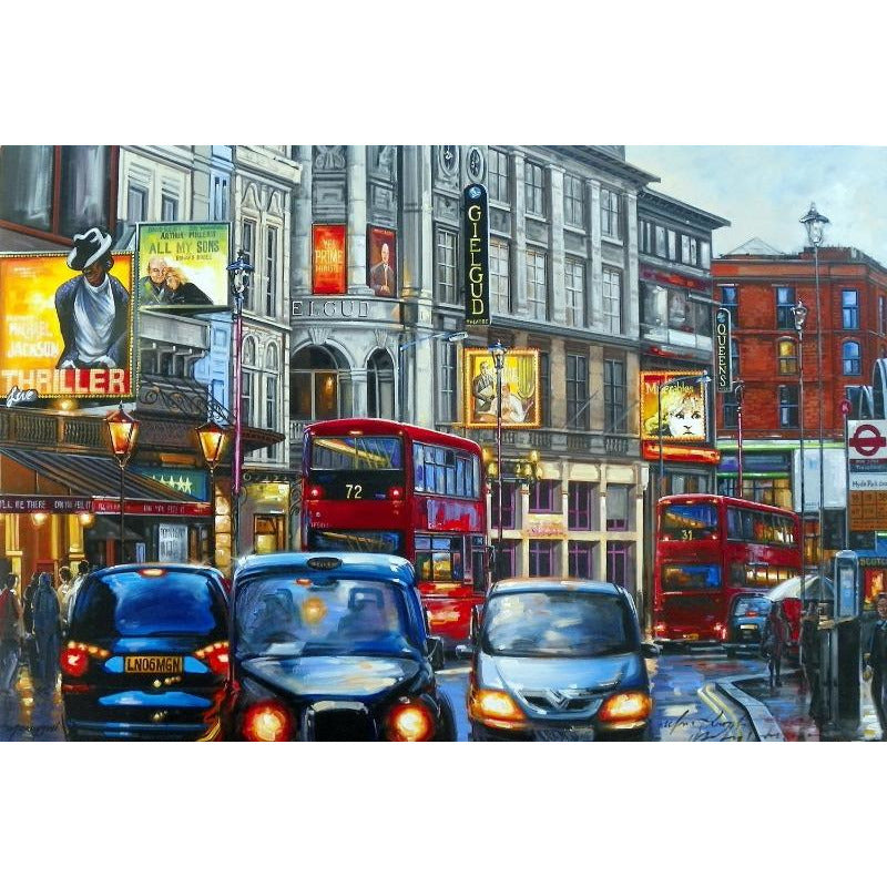 London - Shaftesbury Avenue