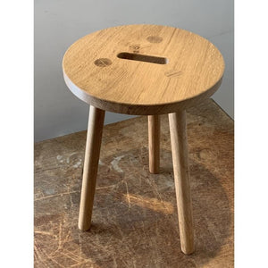 Grab Stool in Leicestershire Oak