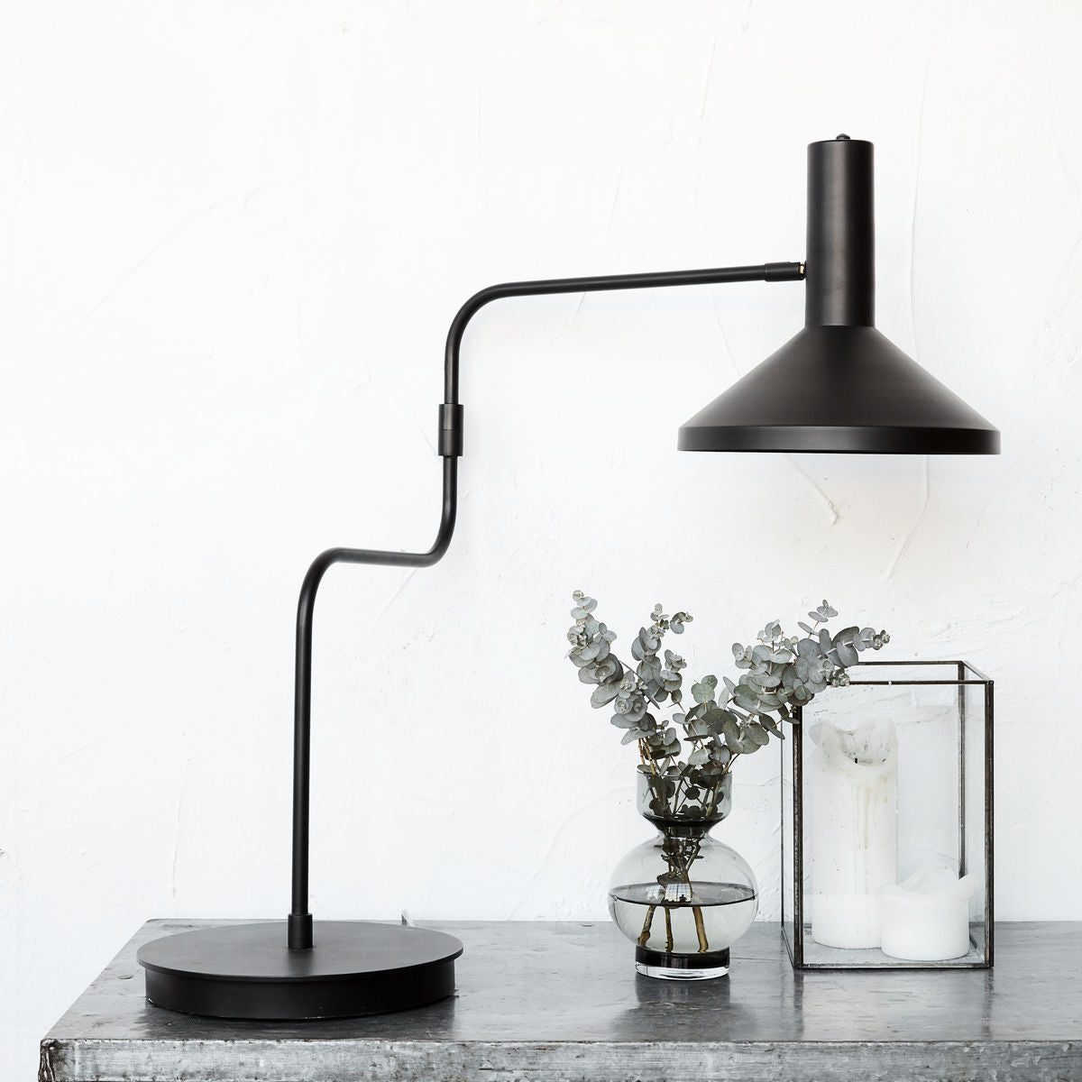 Mall Table Lamp Black