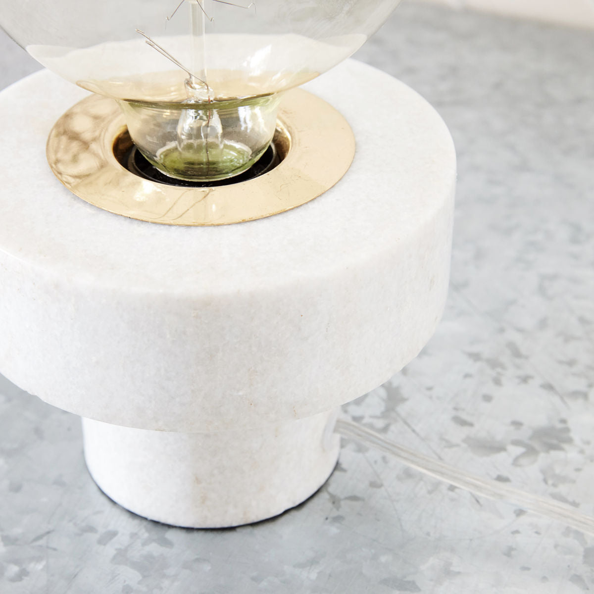 Pin White Marble Table Lamp