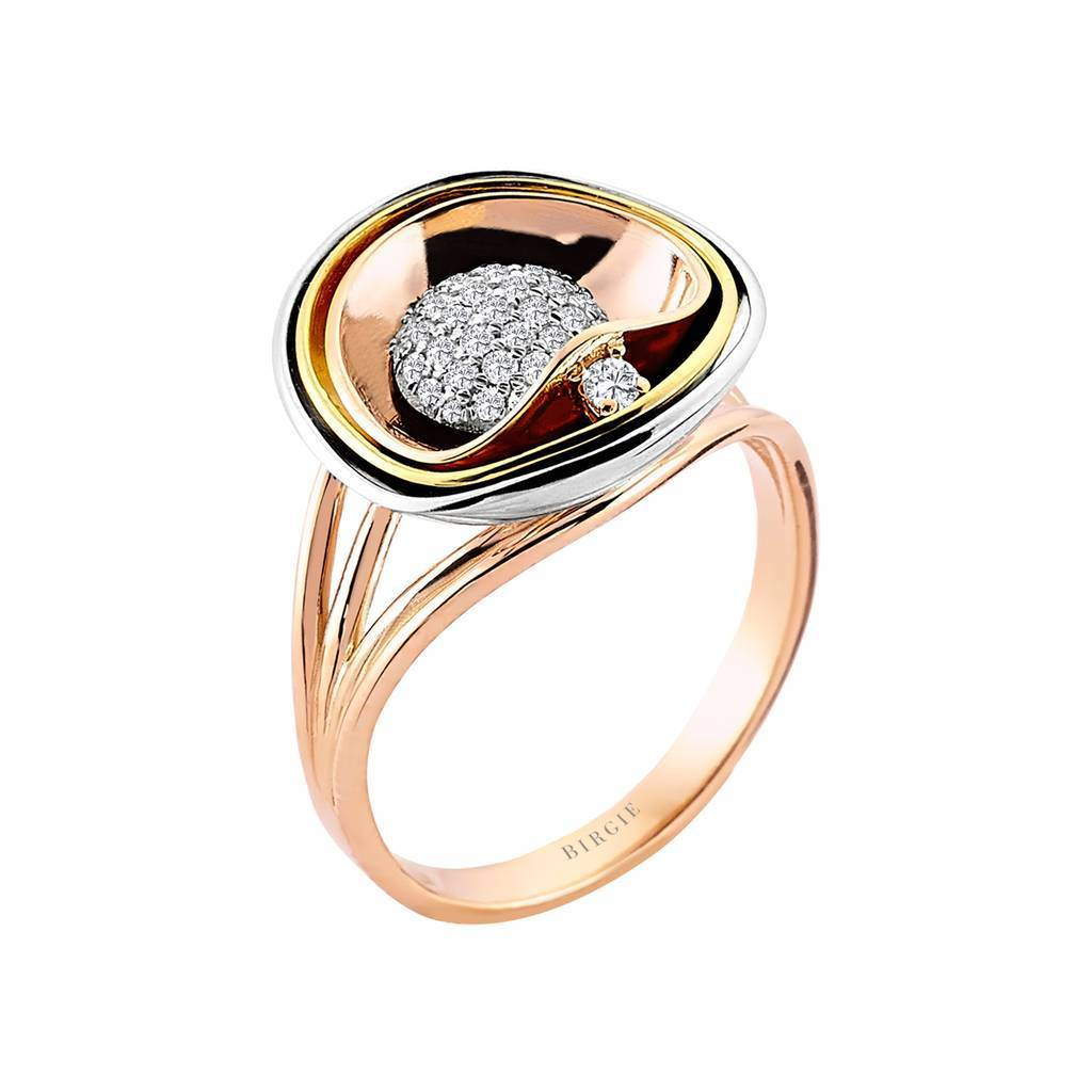 Diamond Pav������������������������������������������������������ Design Ring