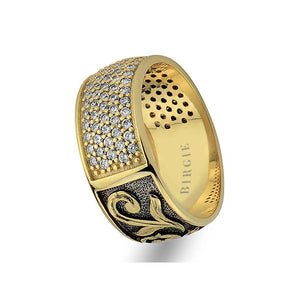 Floral Design Yellow Gold Wedding Band w/Diamonds