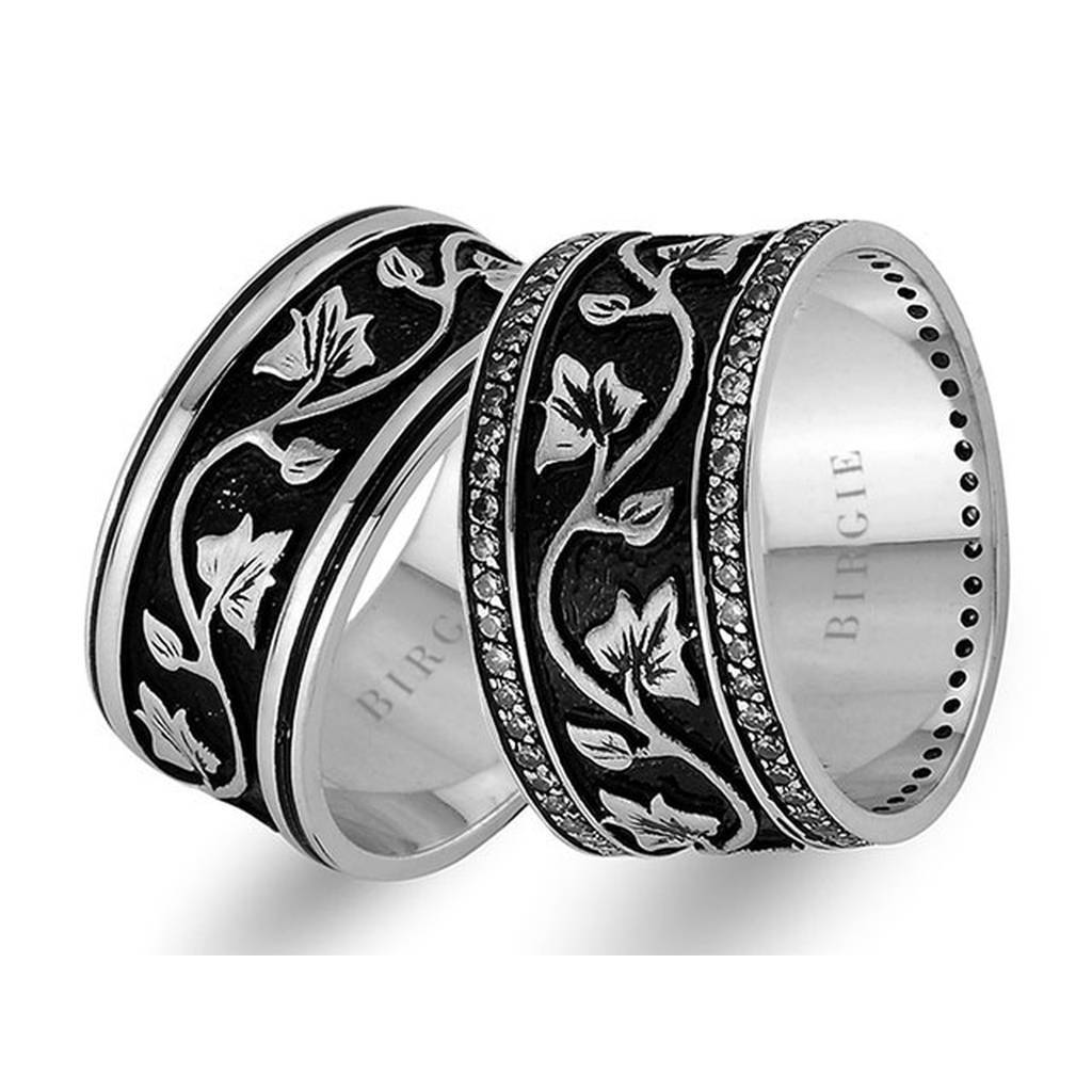 Leaf Design White Gold Wedding Band w/Diamonds