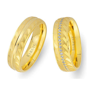 Yellow Gold Wedding Band w/ Diamonds and Mirror Effect
