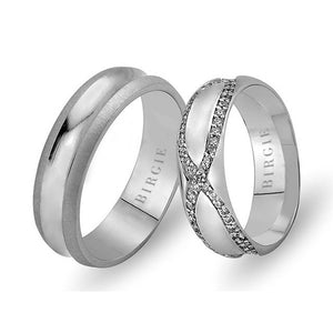 White Gold Delv Wedding Band w/ Twin Line Diamonds
