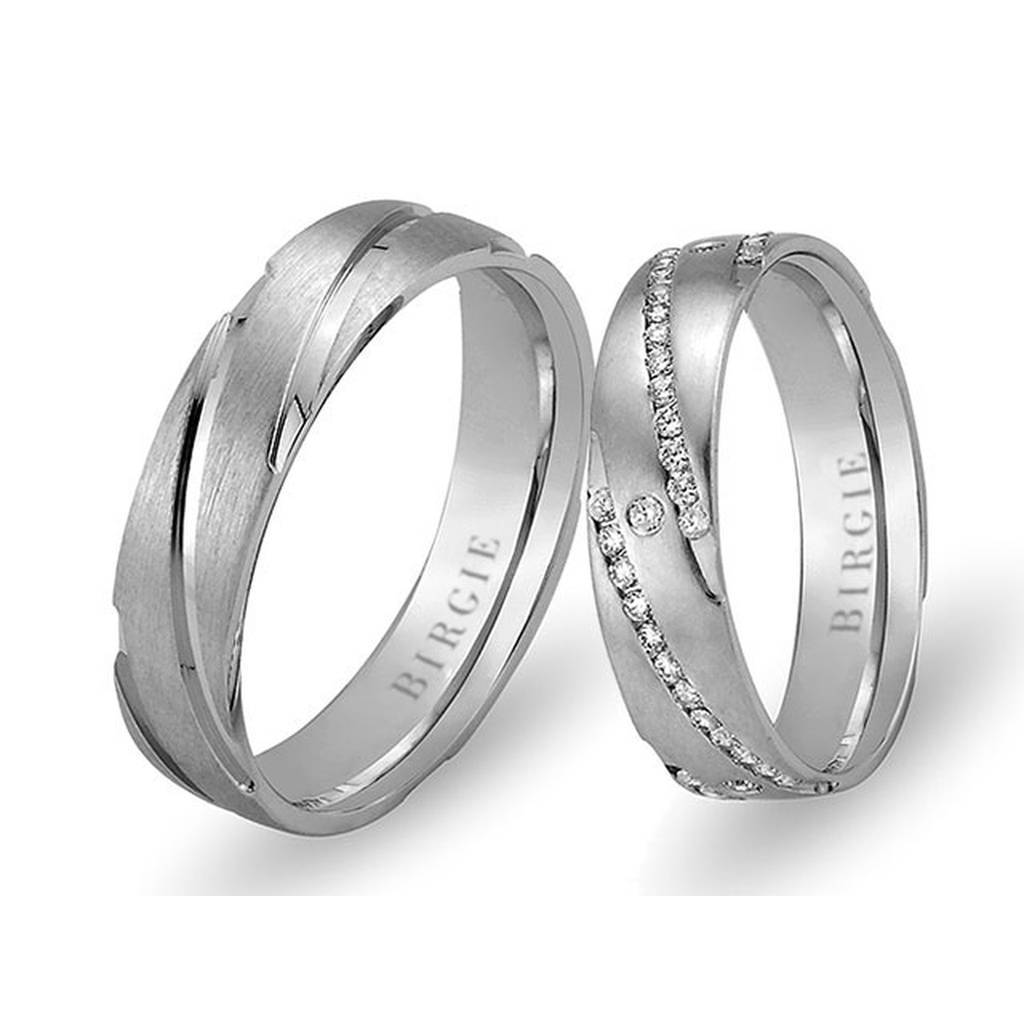 White Gold Kizzuwatna Wedding Band w/ Diamonds