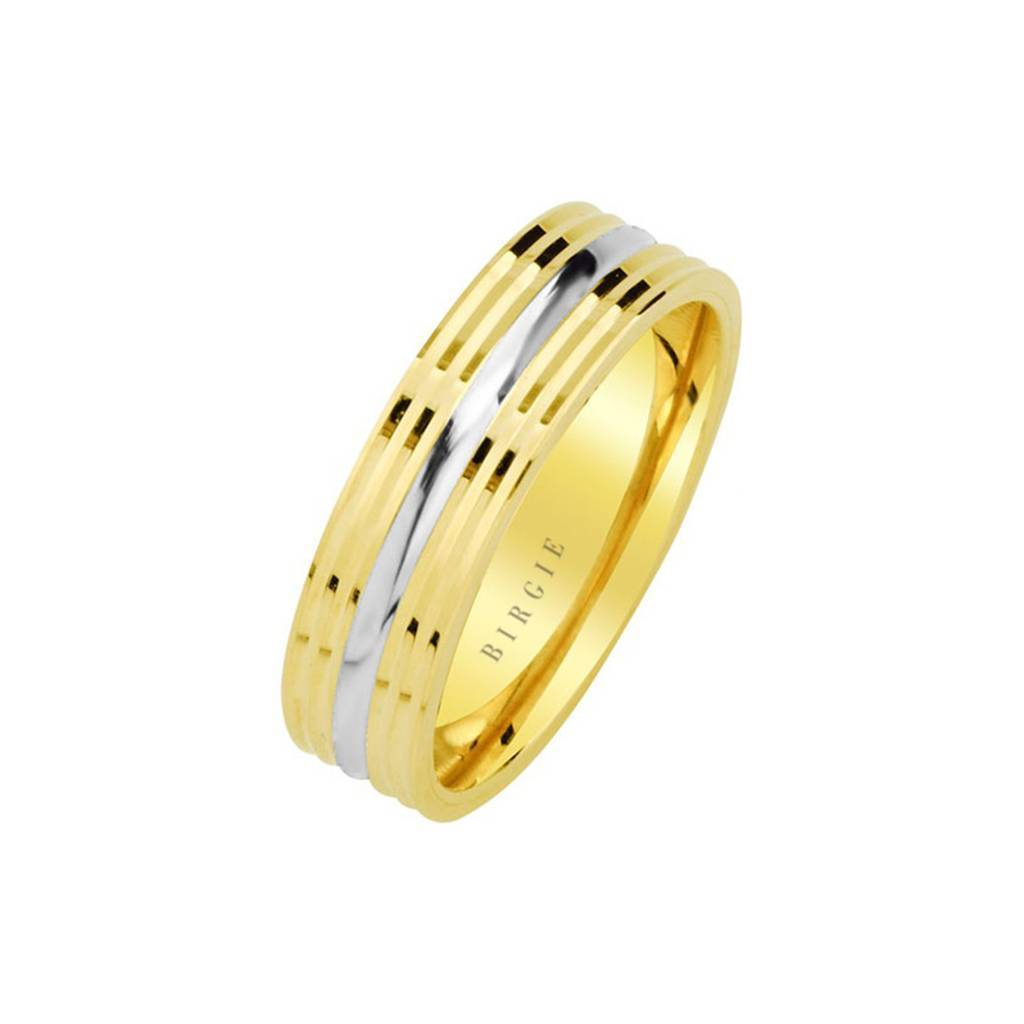 White and Yellow Gold um Wedding Band